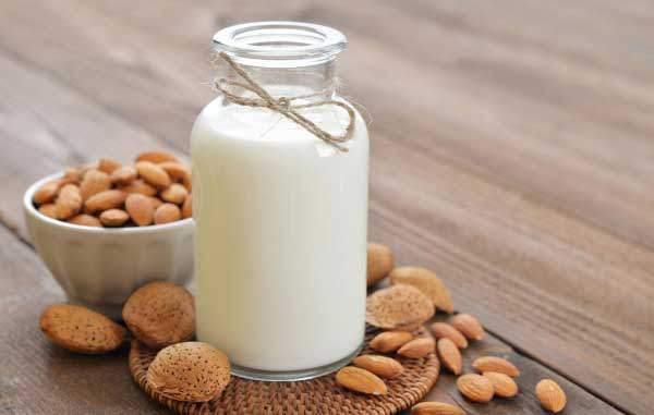 过期牛奶有哪些用途
