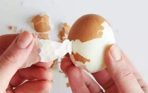 蛋鸡怎么煮才好剥