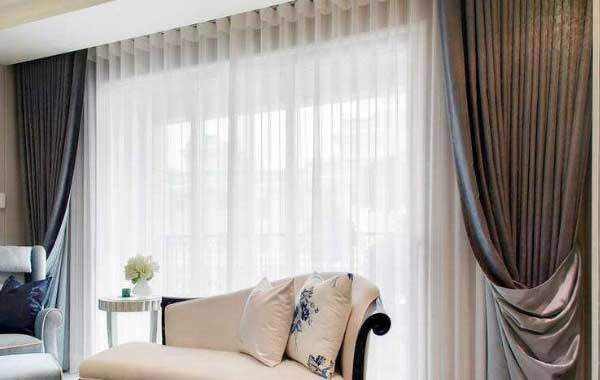 窗帘怎么卷