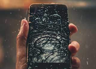 魅蓝手机进水了怎么办